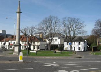 Weybridge Monument Green